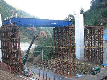 中部横断自動車道湯沢第一トンネル工事